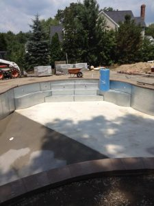 radius in-ground pool bench step salem NH