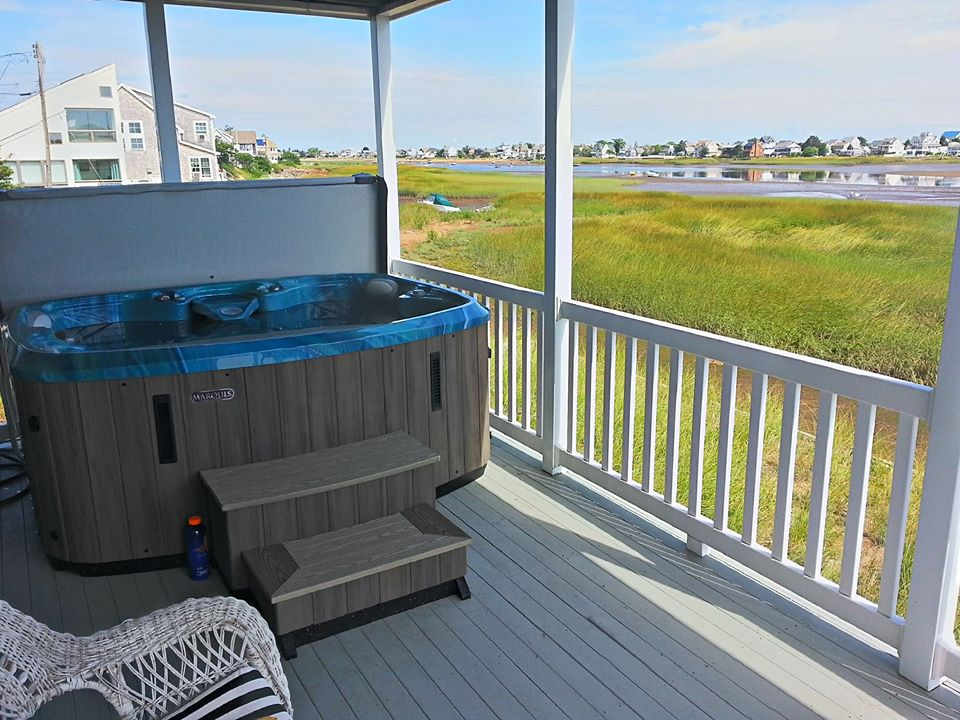 hot tub on a deck plumb island newburyport