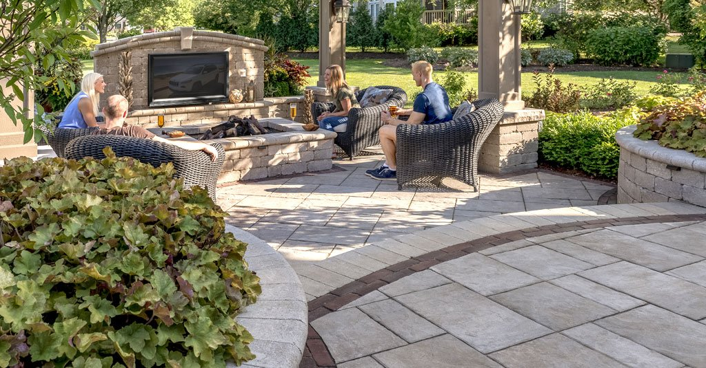 how big should your firepit area be